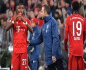Unter Hansi Flick hat sich der FC Bayern wieder zurück an die Tabellenspitze gekämpft. David Alaba lobt die Entwicklung, die der Rekordmeister unter Flick vollzogen hat.